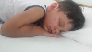 Copil dormind
