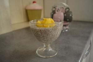 Budinca de chia cu ananas