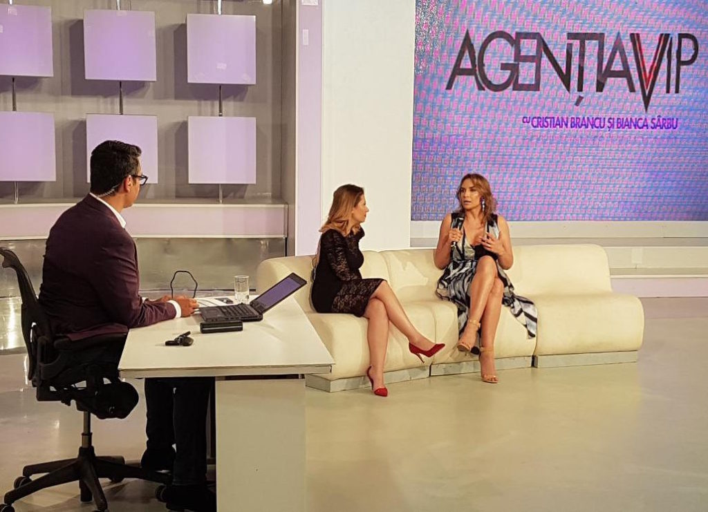 Adina Halas la agentia VIP (Antena Stars)